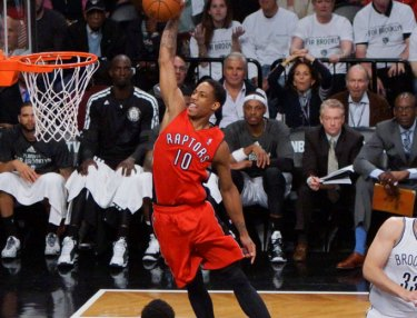 Top 10 Dunks of 2015