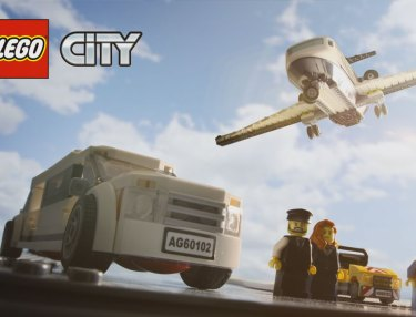 Lifestyles of the Brick & Famous: LEGO City (Promo)
