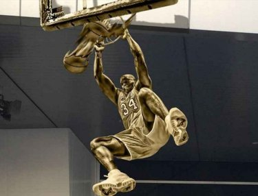 Lakers to Unveil Shaquille O'Neal Statue