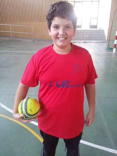 Javier (2)