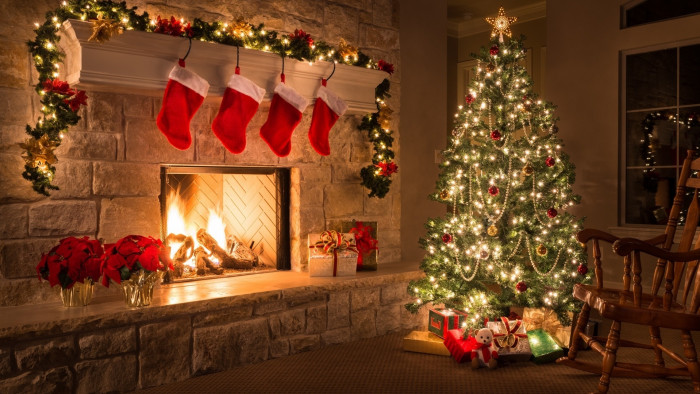 3d Xmas Wallpaper Free Decorated Christmas Tree In House Wallpaper 11604 Baltana