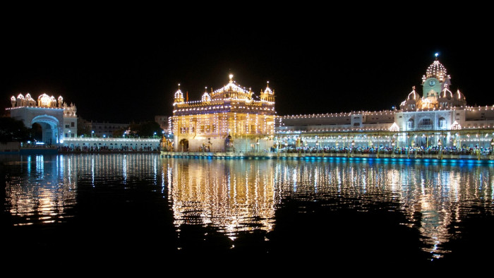 Temple Quotes Wallpaper Pc Hd Lighting Golden Temple Amritsar Wallpaper Baltana