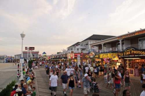 Ocean City's boardwalk will stay crowded longer, Hogan says