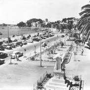 Monuments aux morts 1960