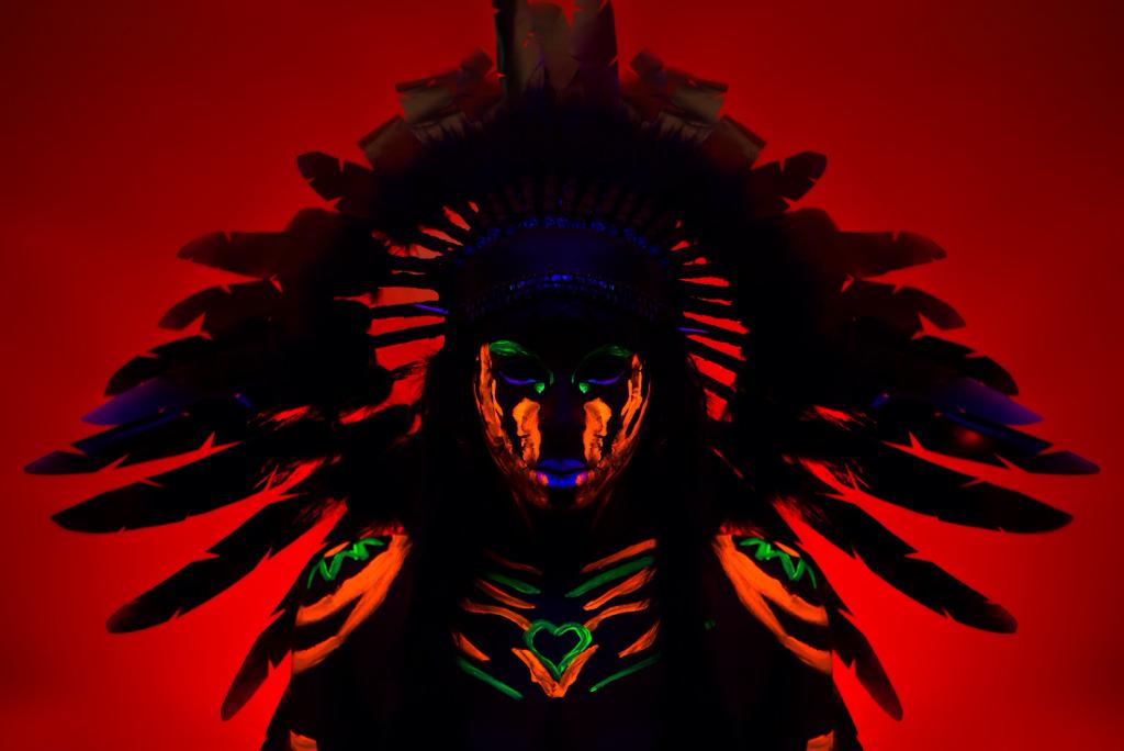 Body Painting - UV Chief Close - Krysalis Photography