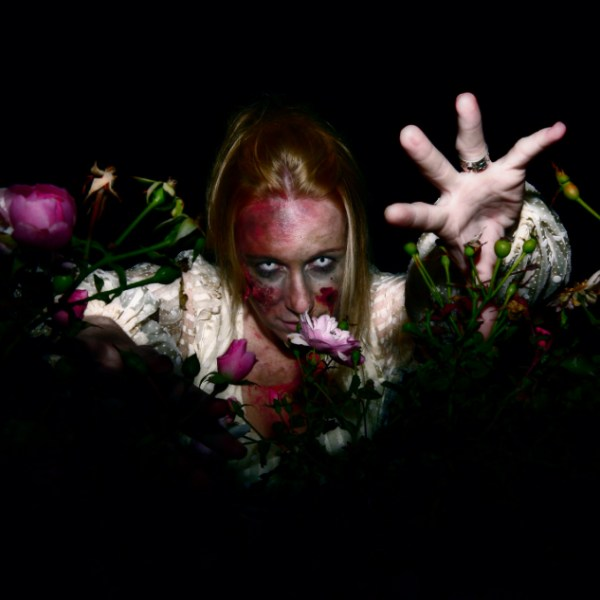 Zombie in Roses - Baneology Photography