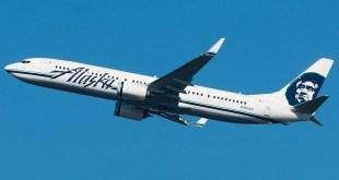 Alaska Air Boeing 737-900ER. Image Copyright Vedant Agarwal.