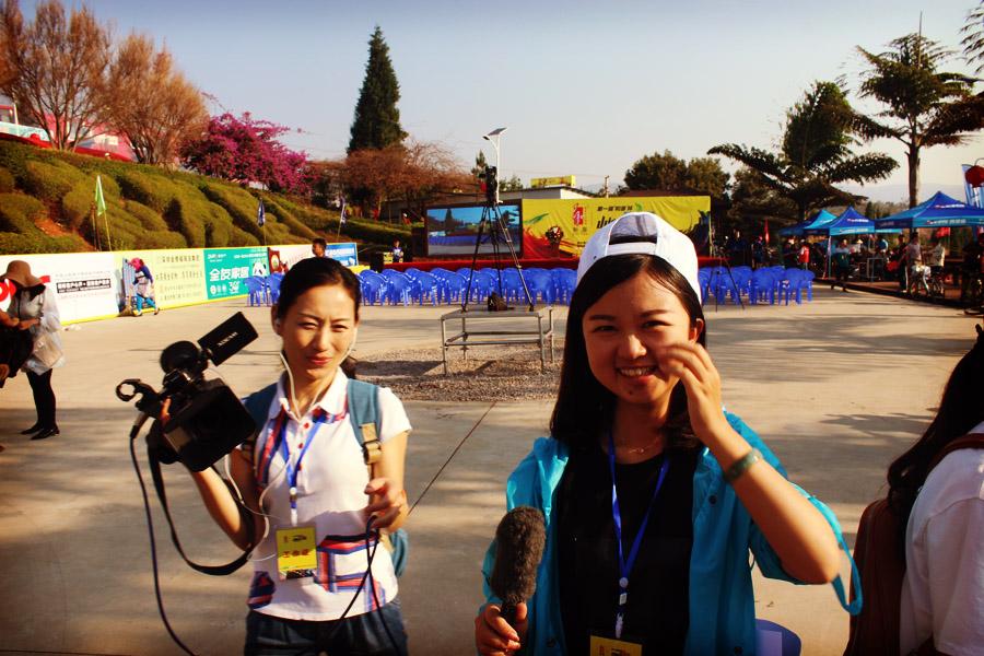 TV cherchant à m'interviewer en chinois