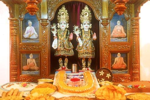 Ghanshyam Maharaj Wallpaper Hd Mandir Murti Pratishtha Mahotsav Sankari India