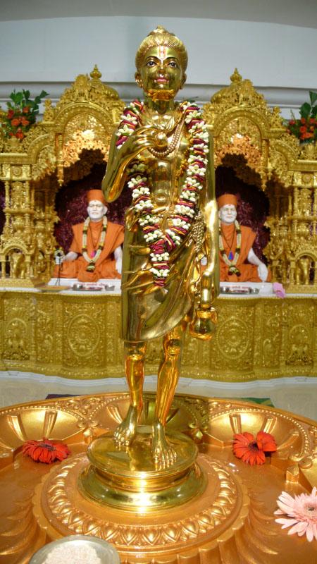 Baps Ghanshyam Maharaj Hd Wallpaper Baps Shri Swaminarayan Mandir Tithal Mandir Information