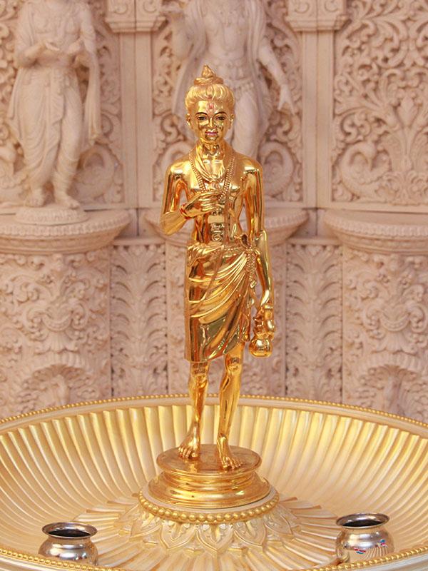 Ghanshyam Maharaj Wallpaper Hd Baps Shri Swaminarayan Mandir Silvassa Mandir Information
