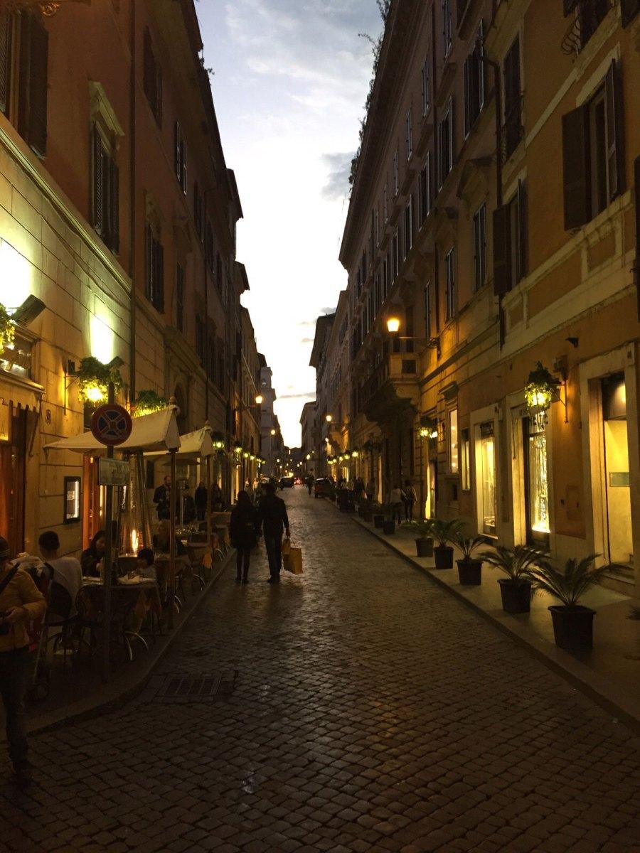 BL-Personal-Shopper-in-Rome-5
