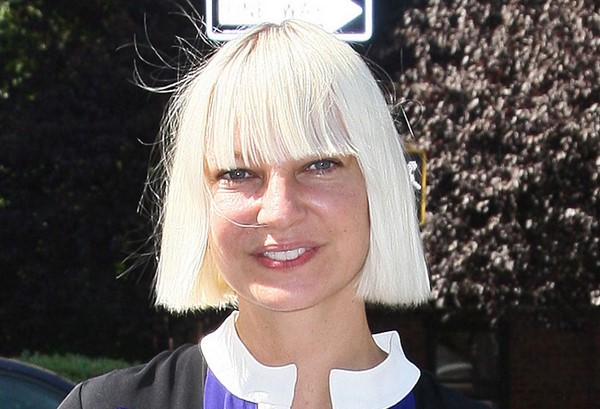 Sia-Furler-without-makeup