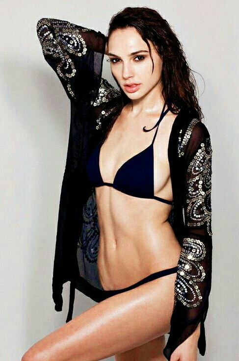 Crazy Girl Wallpaper Gal Gadot Hot Photos Barnorama