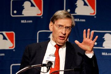 Baseball Commissioner Bud Selig addresses the media during a news conference Thursday, Jan. 17, 2008 in Scottsdale, Ariz. Selig announced his contract extension that will keep him in his position through the 2012 season. (AP Photo/Matt York)
