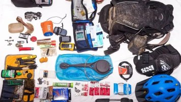 Osprey Packs Review: What´s In Our Backpacks?