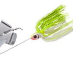 how to fish a buzzbait