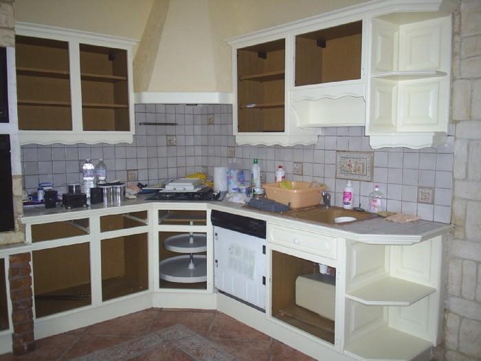 Repeindre une cuisine en chene vernis - Idées de travaux - Repeindre Une Cuisine En Chene Vernis