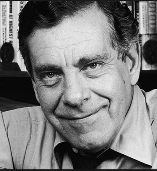Morley Safer, CBS newsman for over five decades, dies at age 84