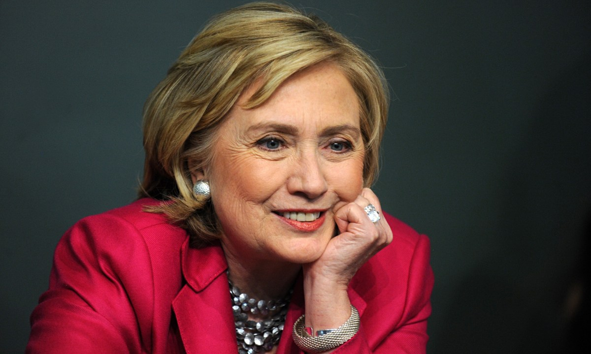 10 Reasons Why You Should and Should Not Vote For Hillary Clinton in 2016