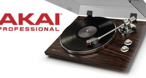 Akai Announces The BT-500 TURNTABLE
