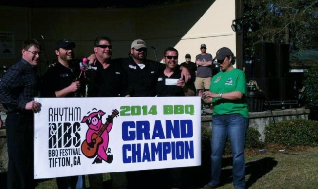 Grand Champion Smokin 42 (653x389)