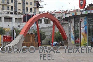 Video thumbnail for vimeo video Rodrigo Braz Teixeira: Feel Section - Be-Mag