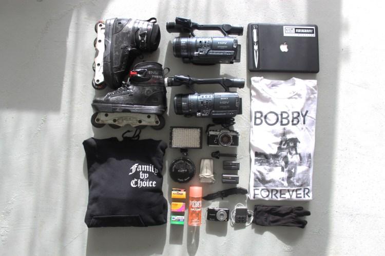 travel essentials-web