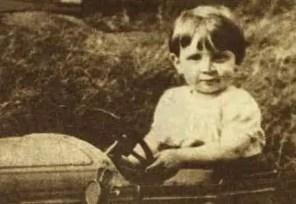 John Lennon, 1940s