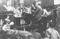 400px-Quarrymen-mccartney_1957_full.jpg