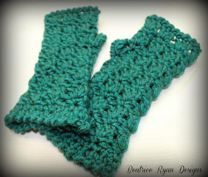 Amazing Grace Fingerless Gloves ~ Free Pattern