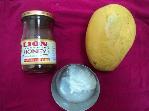 ingredients Mango Face Pack