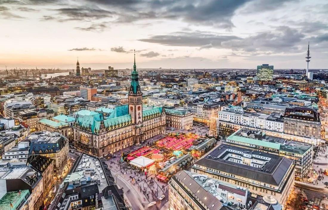 Gear Wallpaper Hd A Perfect Winter Weekend Getaway 48 Hours In Hamburg