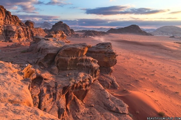 Petra Jordan Hd Wallpaper Wadi Rum Facts Amp Information Beautiful World Travel Guide