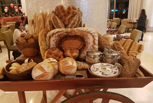 Liwan restaurant, Al Ghurair Rayhaan by Rotana, Dubai (10)