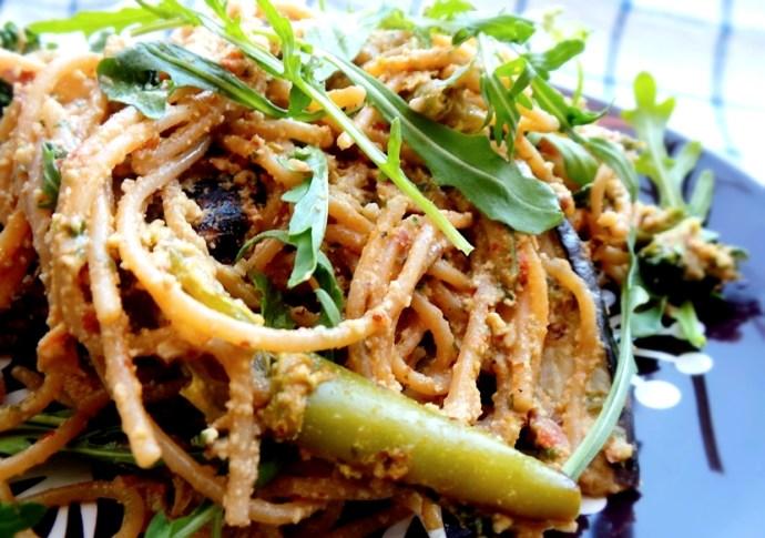 Creamy Vegan Spaghetti with Roasted Vegetables - Beauty ...