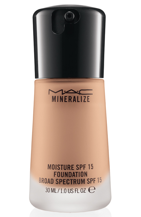 MineralizeMoistureSPF15Foundation MineralizeMoistureSPF15Foundation NW20 72 Introducing MAC Mineralize Moisture SPF 15 Foundation