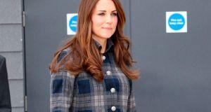 Kate-Middleton-pregnancy-style-blog-3