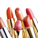 Tips to look younger by changing your lipstick