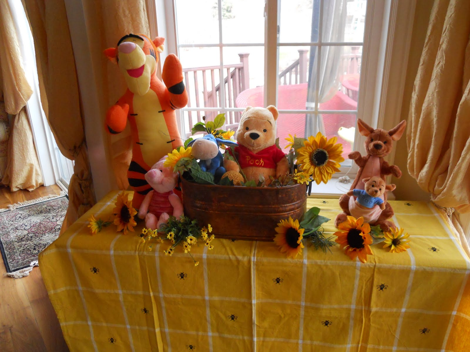 classic pooh baby shower party ideas
