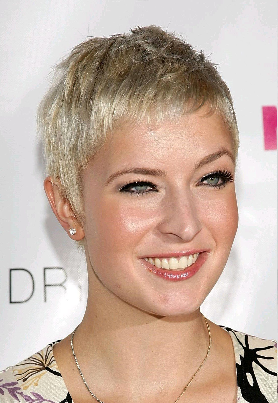 55 Year Old Woman's Short Hairstyles