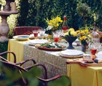 Outdoor Table Decorating Ideas - Being Tazim