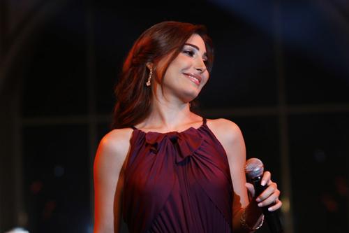Yara shines Beirut skies with Ragheb Alameh