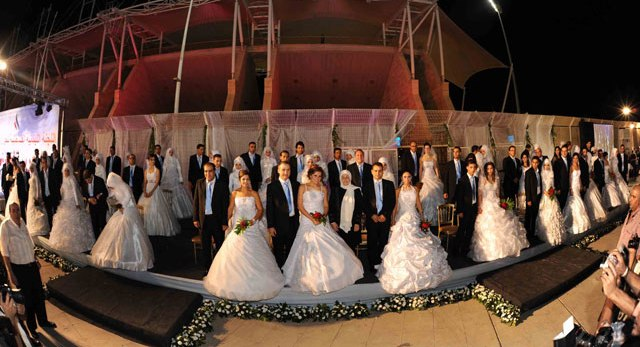 Sidon hosts Mass Wedding