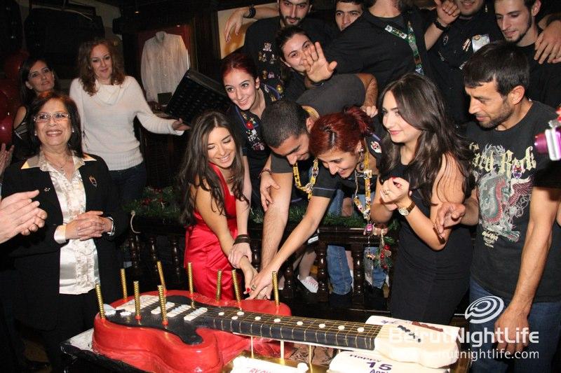 Hard Rock Cafe Celebrates Its 15th Anniversary!