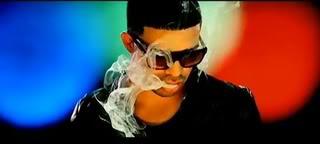 Rapper Drake Smokes Marijuana at a Nightclub!