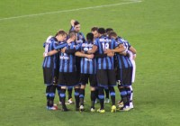 Club Brugge players get together to discuss tactics