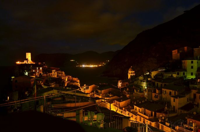 Night time view of Vernazza