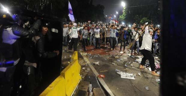 Demo Ahok Berubah Menjadi Ingin Melengserkan Jokowi