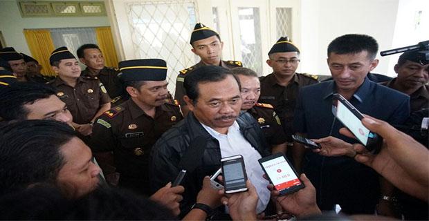 Jaksa Agung Minta Bantuan Interpol untuk Membawa Tersangka La Nyalla dari Singapura